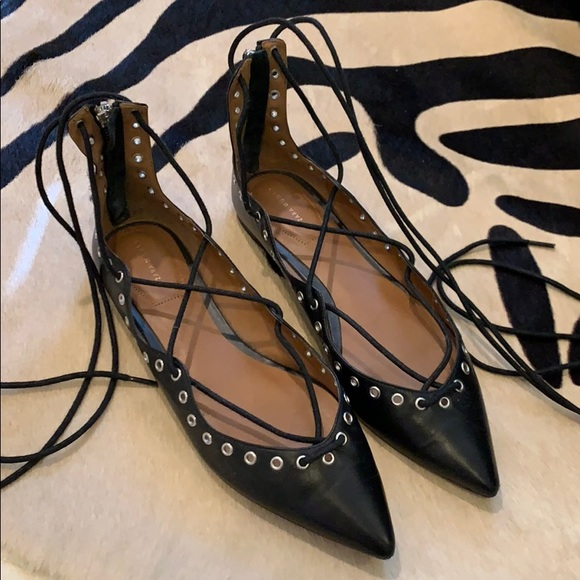 Zara Shoes - Lace-up Leather Flats
